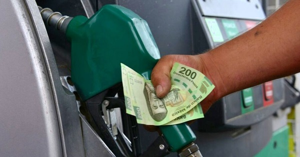Políticos poseen las gasolineras con el combustible más caro en México