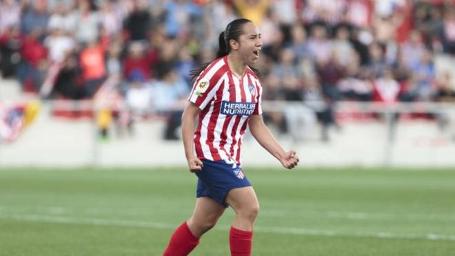 Charlyn Corral se estrena en la goleada Colchonera al Sevilla